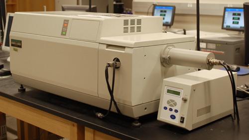 Circular Dichroism Spectropolarimeter